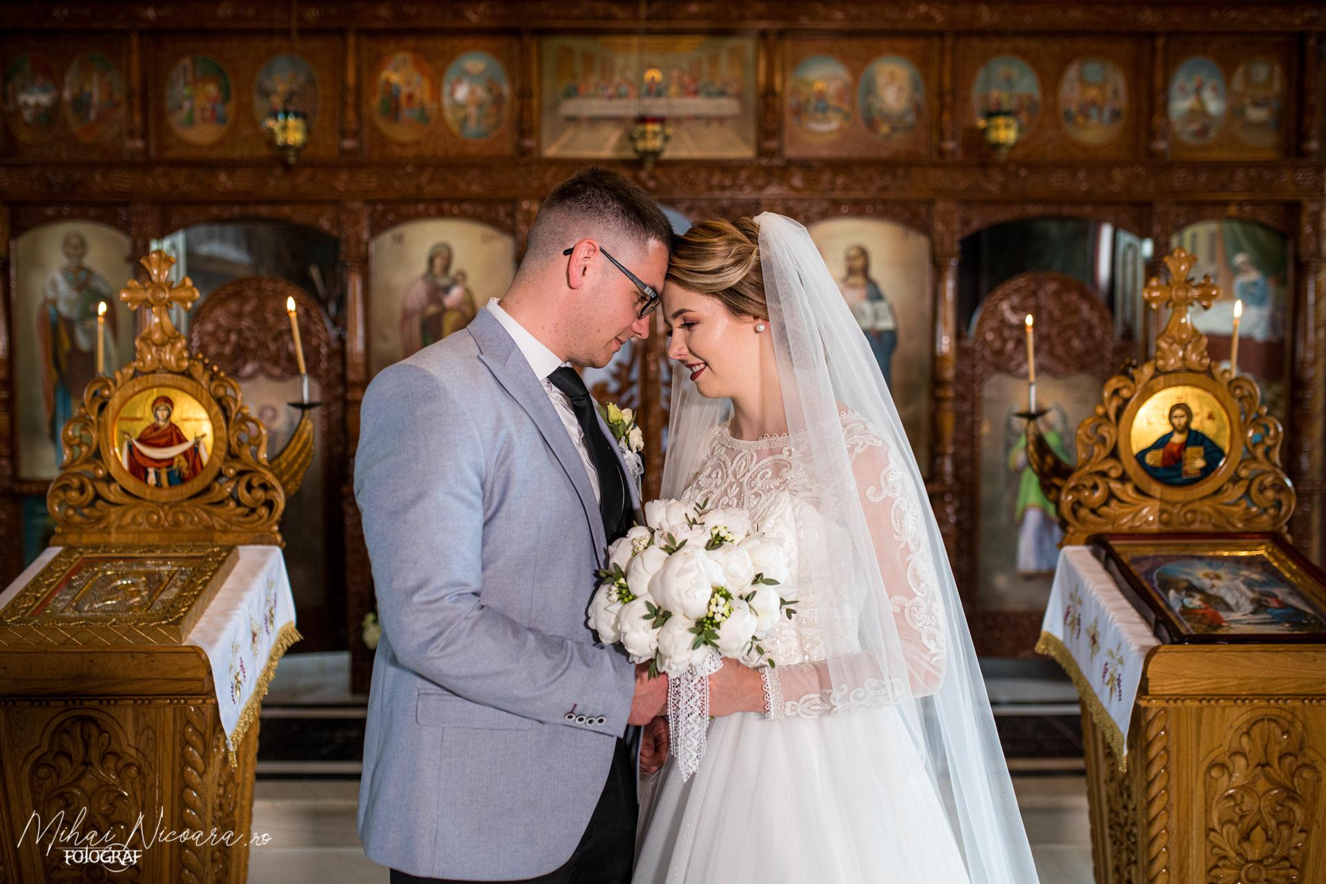 """Fotografie album """"Iulia & Alexandru"""""""